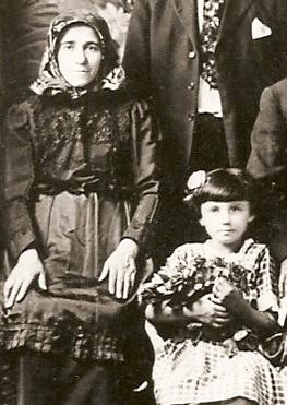 Lena & Alis ca 1922