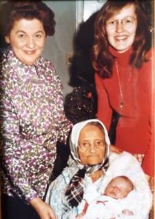 Ana Calguar, four generations, Tărtăria, Romania